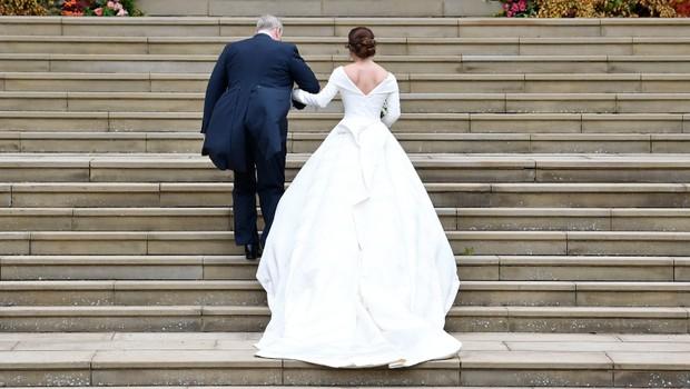 d6e427ad7c5d Príchody hostí na kráľovskú svadbu.